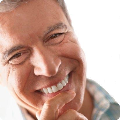Aké sú výhody ktoré prináša náhrada chýbajúceho zubu implantátom?